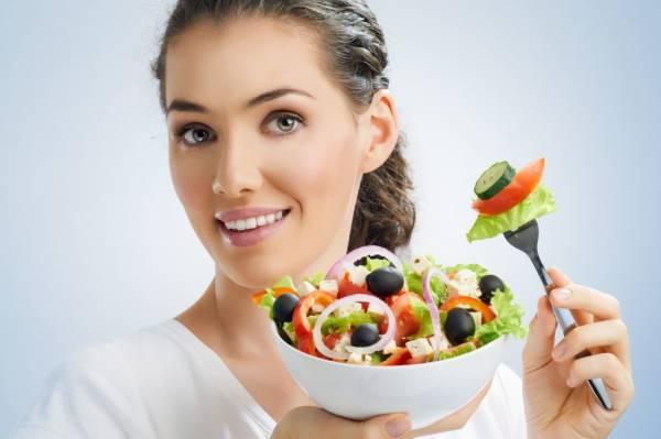 توصیههای مهم برای تغذیه قبل از بارداری در طب سنتی است