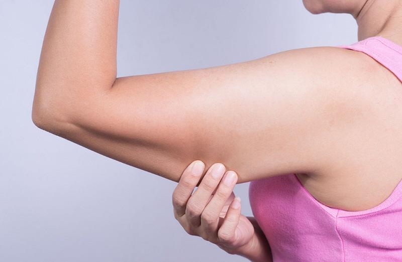 ورزش در منزل برای لاغری بازو با شیب عضله
