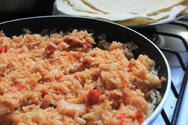 پلو مکزیکی، غذای تند و خوشمزه وگان
