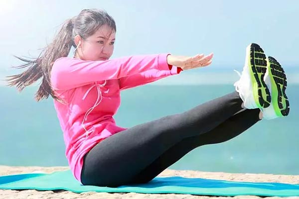 The first exercise to slim thighs