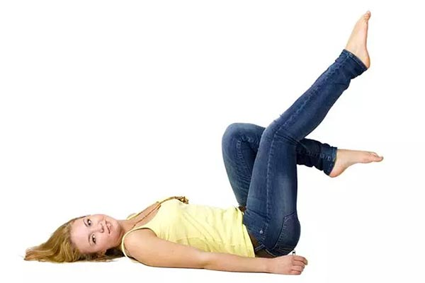 The-third-exercise-to-slim-thigh