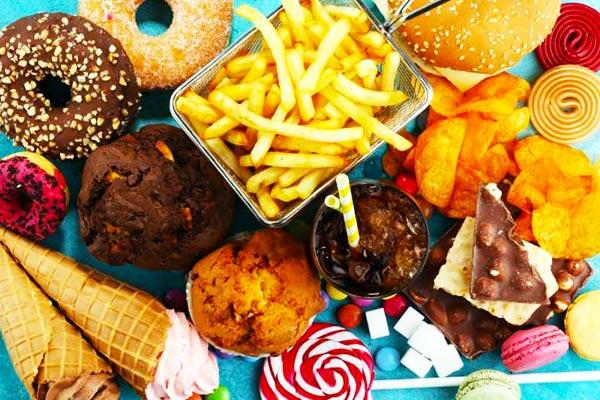 Unhealthy-snacks