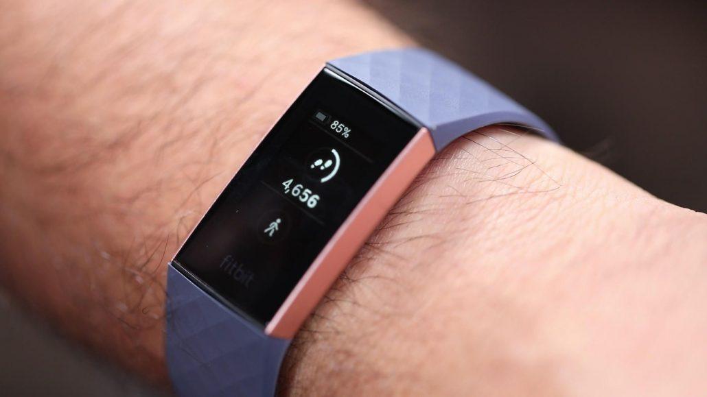 از طریق این ساعت هوشمند ردیاب سلامت میتواند