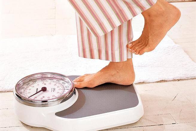 باید بهترین زمان برای وزن کردن را هم بدانید.