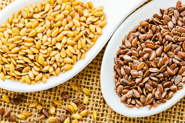 Brown and golden flaxseed