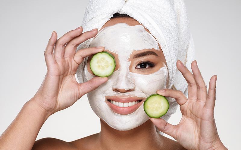 راههای جلوگیری از افتادگی پوست صورت عبارتند از: