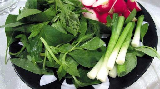 در ادامه به خواص سبزی خوردن و انواع آن میپردازیم.