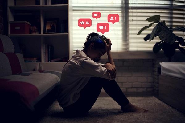 افسردگی و شبکه های اجتماعی