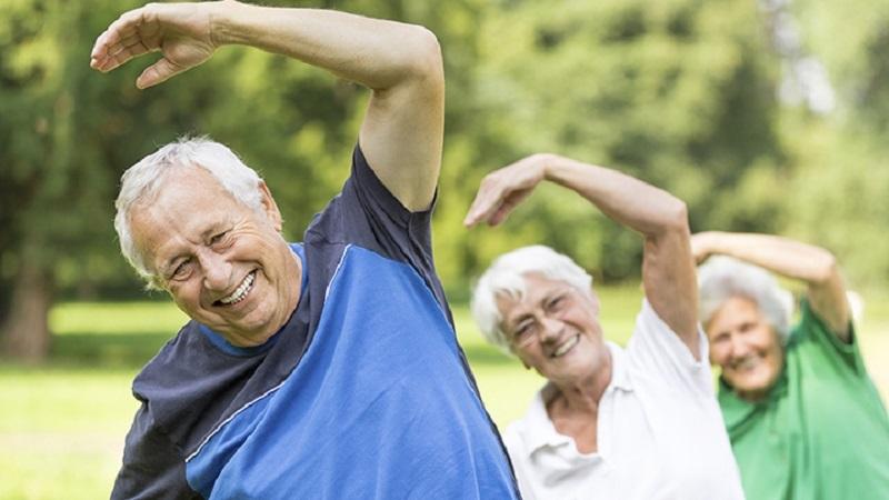 حرکات ورزشی در خانه برای سالمندان / چند حرکت ورزشی برای سالمندان