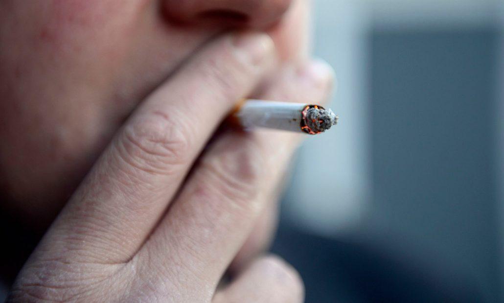 عوارض سیگار کشیدن زیاد / عوارض سیگار کشیدن روی پوست