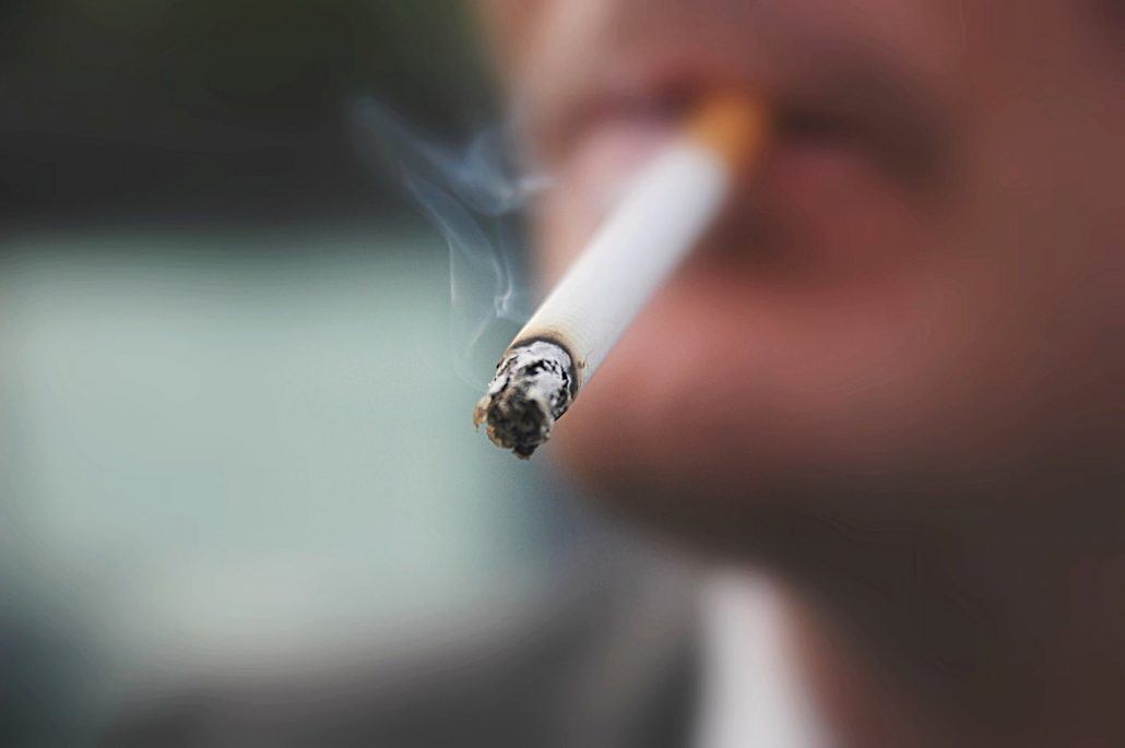 تاثیر سیگار بر بدن شامل پوست، کبد، قلب، عضلات و معده است.