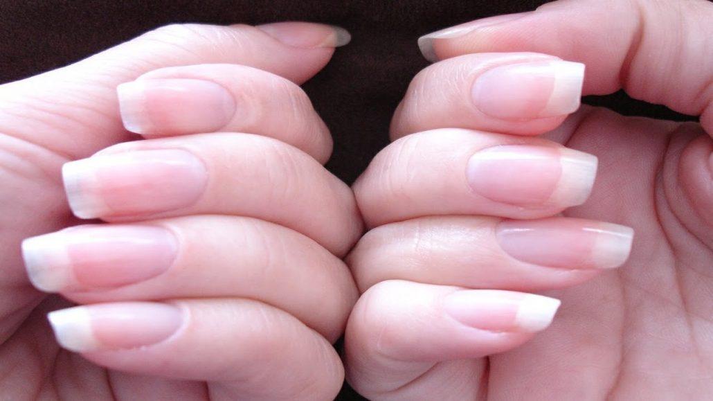 کندن پوست اطراف ناخن در کودکان/ رفع پوسته پوسته شدن ناخن/ کمبود کدام ویتامین باعث پوسته شدن اطراف ناخن میشود؟