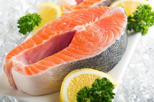 یکی دیگر از موادغذایی که در لیست غذاهای سرطان زا قرار میگیرد