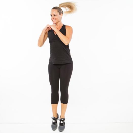 اولین نوع تمرینات اینتروال شکم به صورت قرار گرفتن بر روی زانوهاست