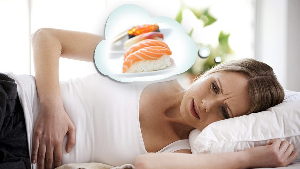 یکی از راههای رفع مسمومیت غذایی در طب سنتی با سیر است.
