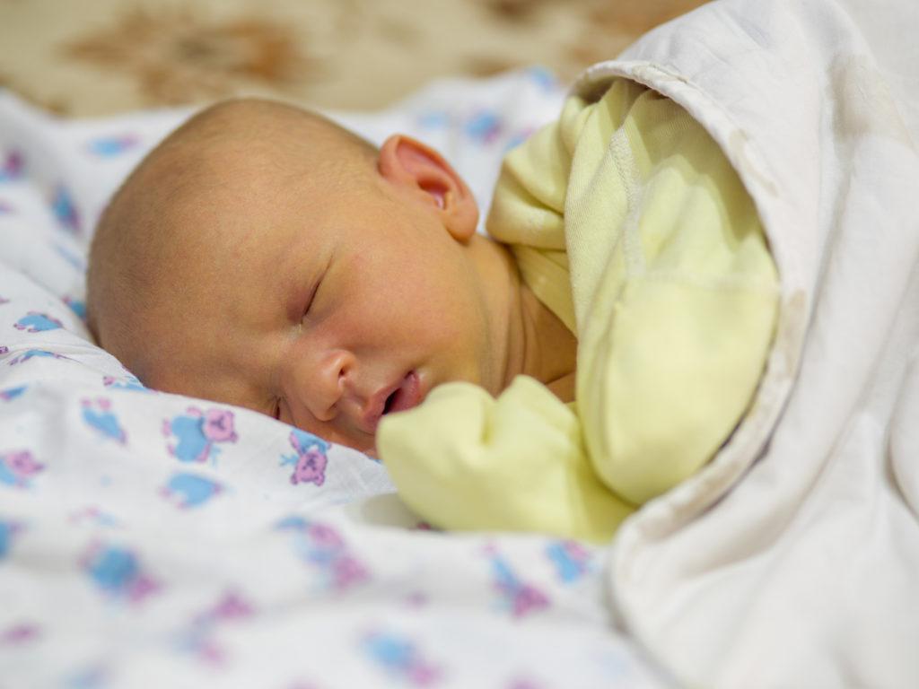 تغذیه مادر برای زردی نوزاد