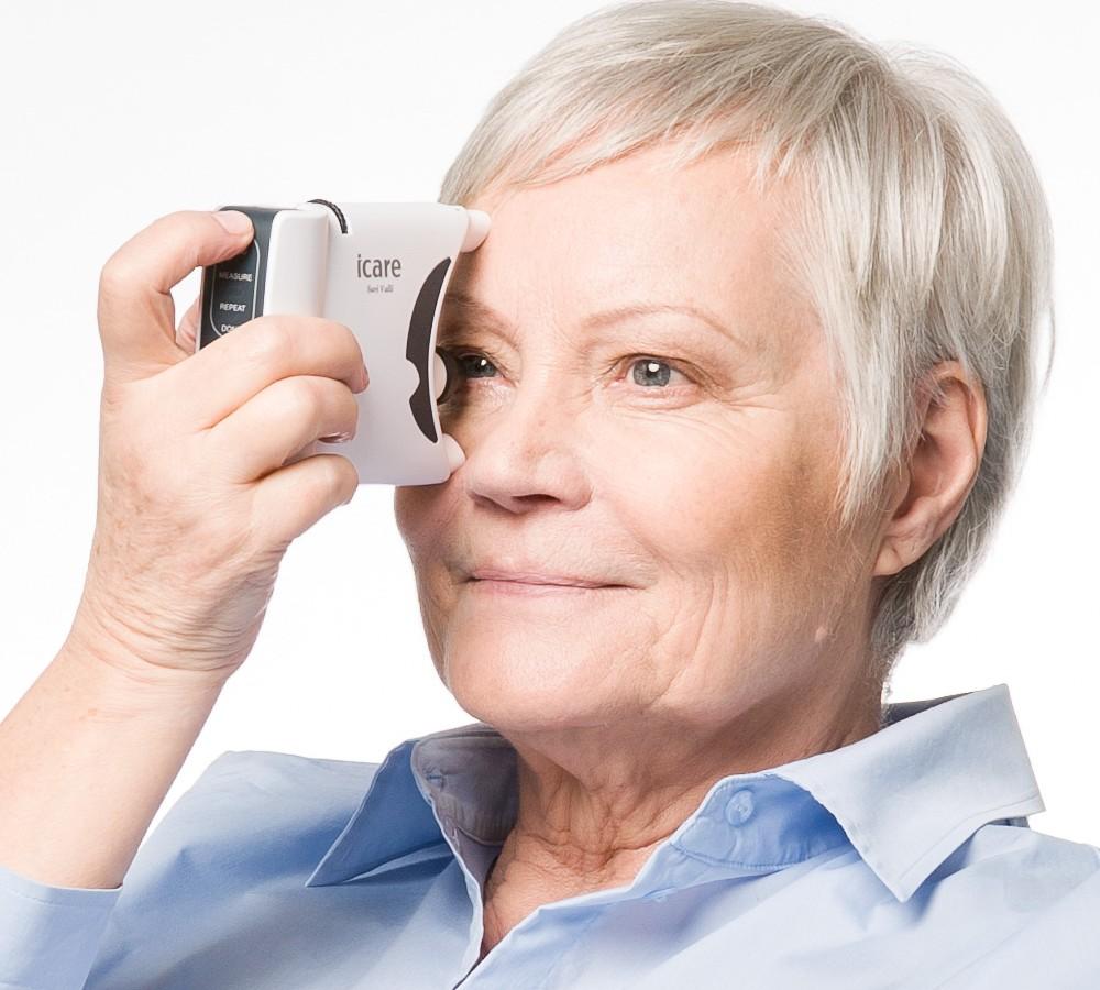 فشار پشت چشم