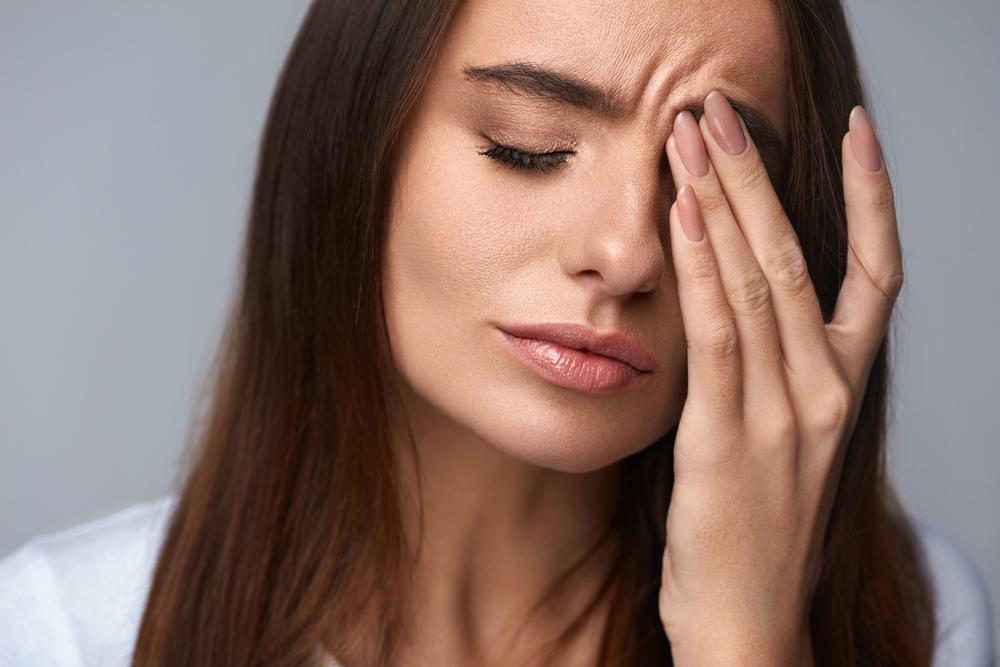 فشار چشم و سردرد