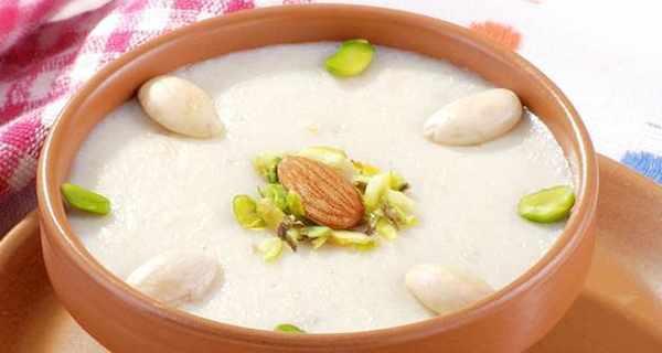 طرز تهیه حریره بادام با شیر خشک