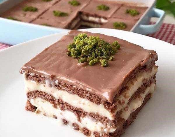 کیک یخچالی با پودینگ فوری