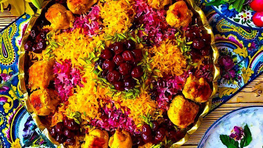 طرز تهیه آلبالو پلو مجلسی با مرغ
