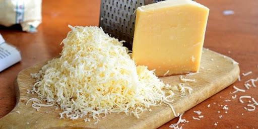 طرز تهیه پنیر پیتزا خانگی با سرکه