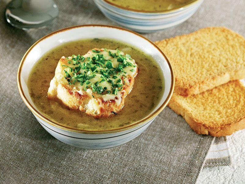 طرز تهیه سوپ پیاز برای سرماخوردگی